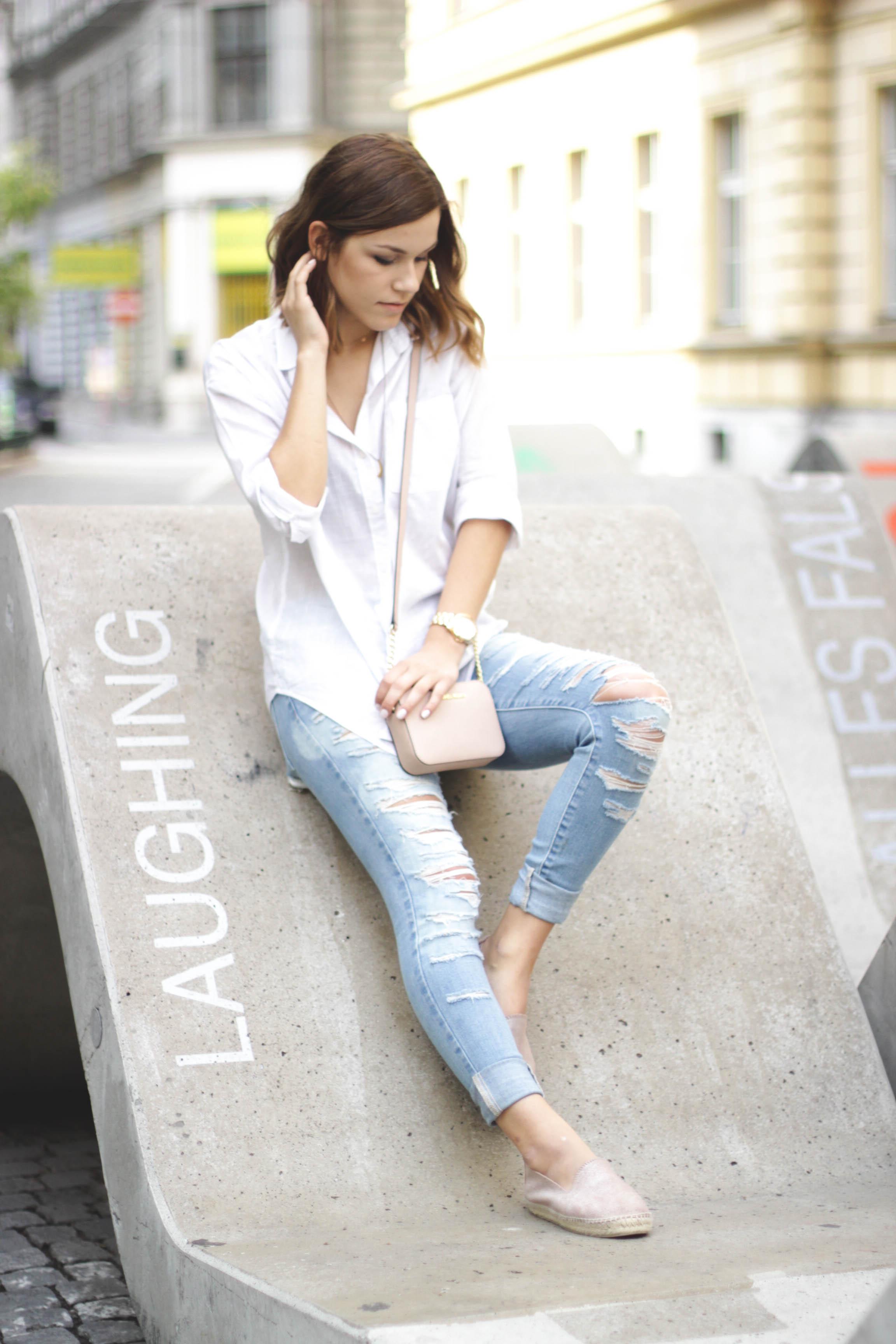Outfit: Zerrissene Jeans
