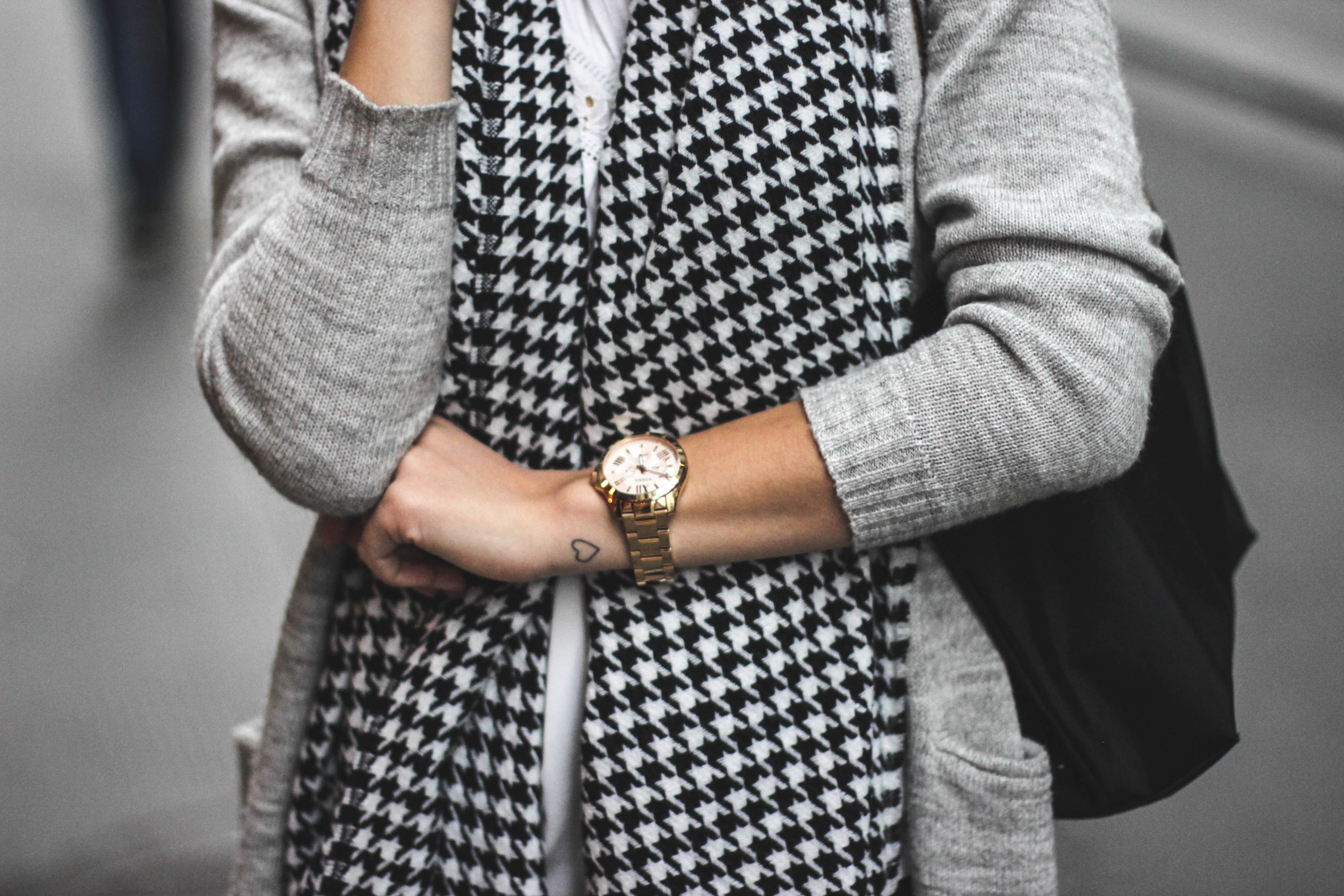 OUTFIT: Black and White for fall