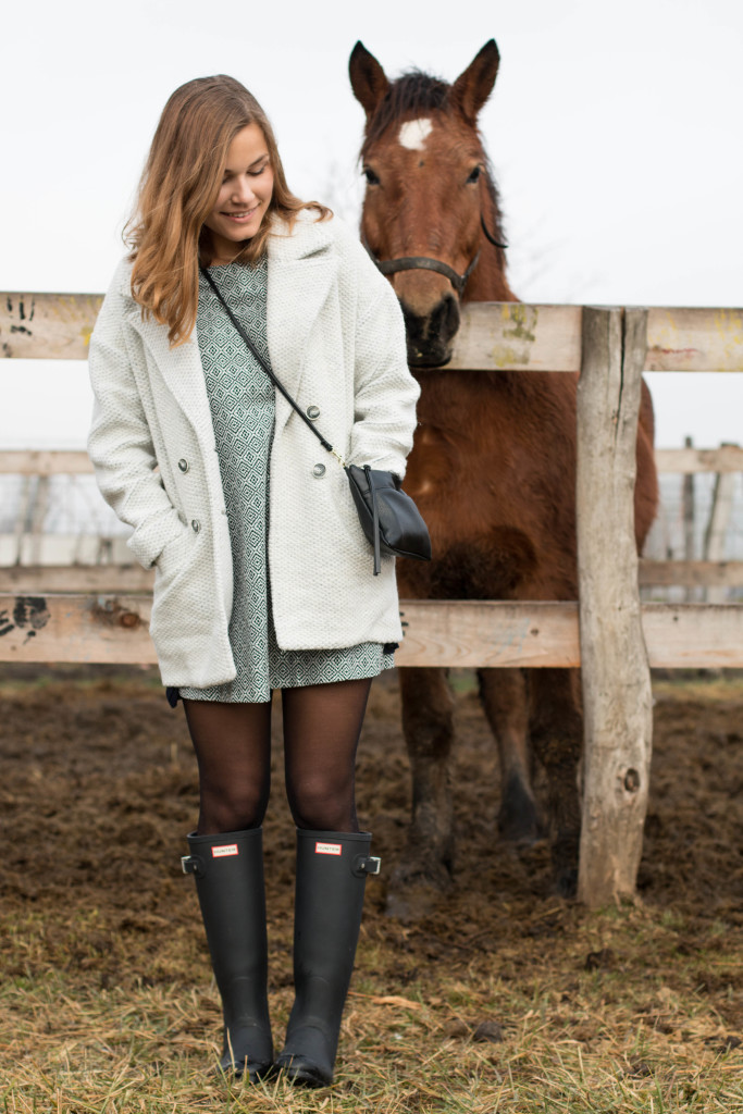 annalaurakummer, anna laura kummer, outfit, fashion, winter look, hunter boots, österreichische blogger