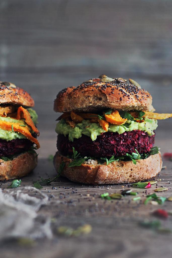 Quinoa-Beet-Burger-Rezept-annalaurakummer