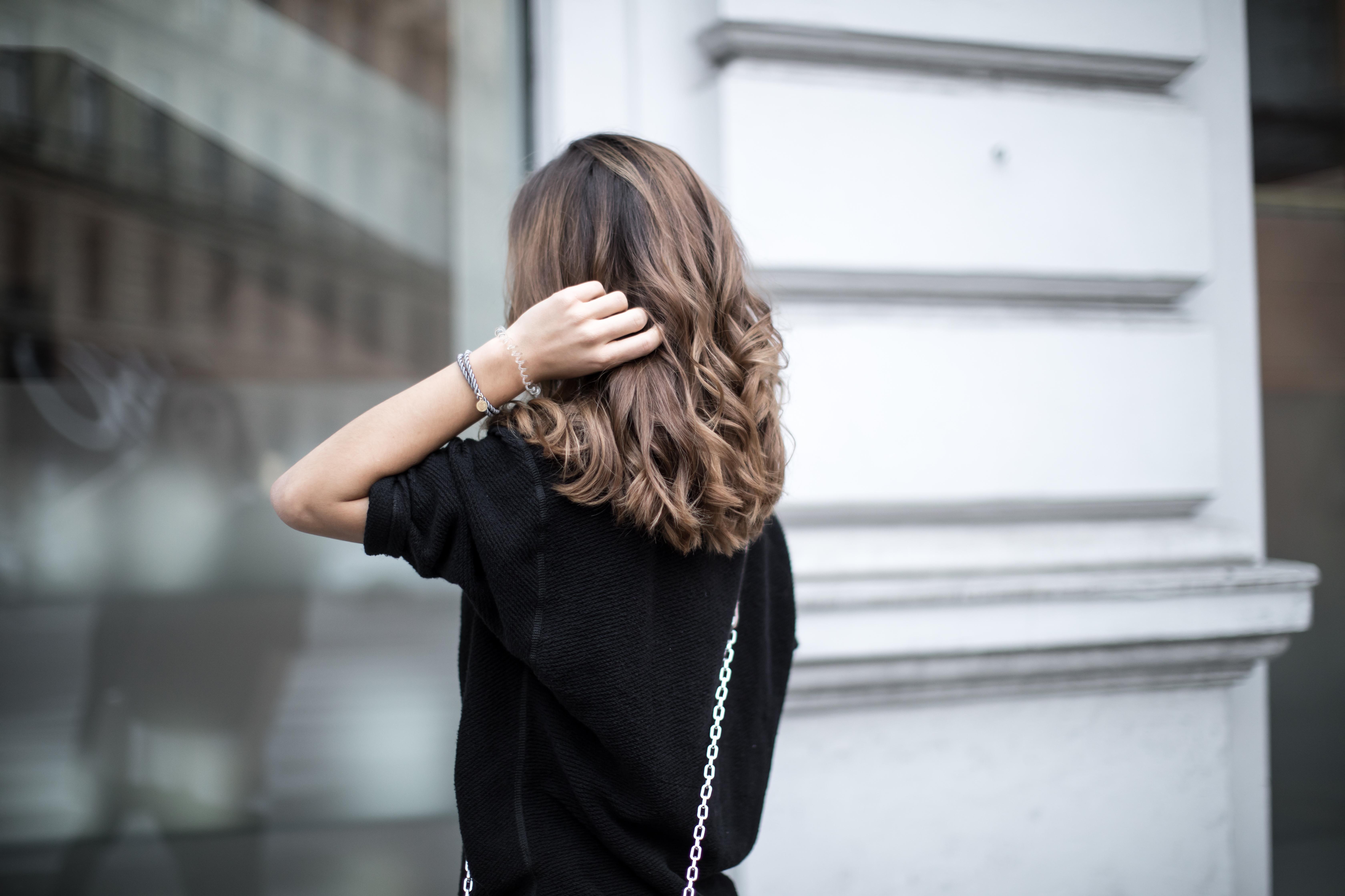 BEAUTY-TIPP: Elektrische Haare im Winter