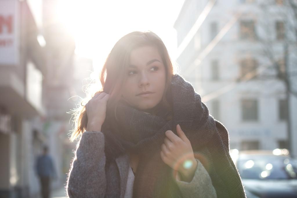 annalaurakummer-outfit-blaumax-mantel-winter-12