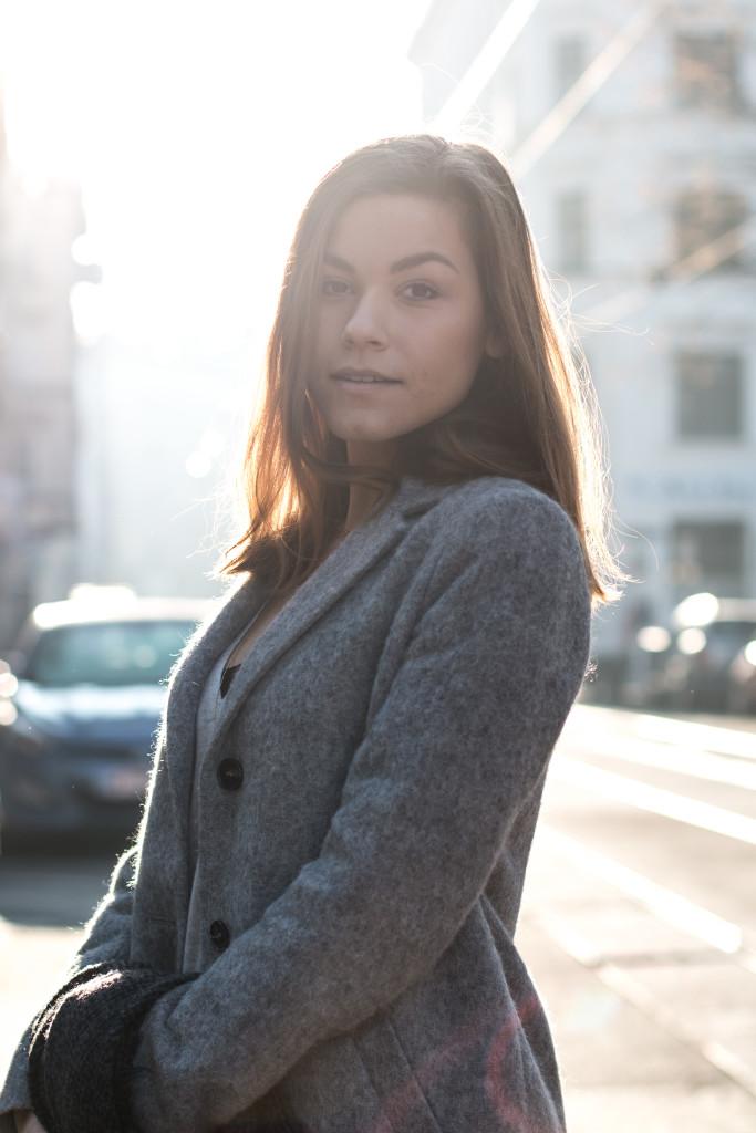 annalaurakummer-outfit-blaumax-mantel-winter-17