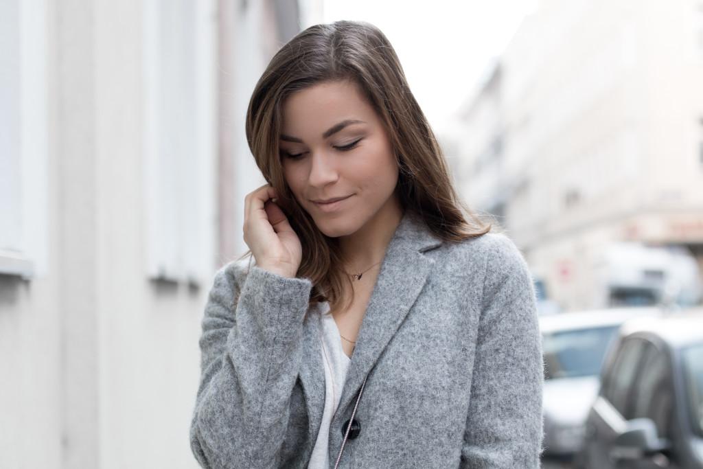 annalaurakummer-outfit-blaumax-mantel-winter-7