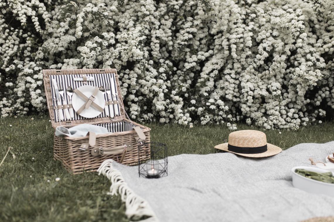 muttertag-picknick-geschenk-rezept-scones-annalaurakummer-37