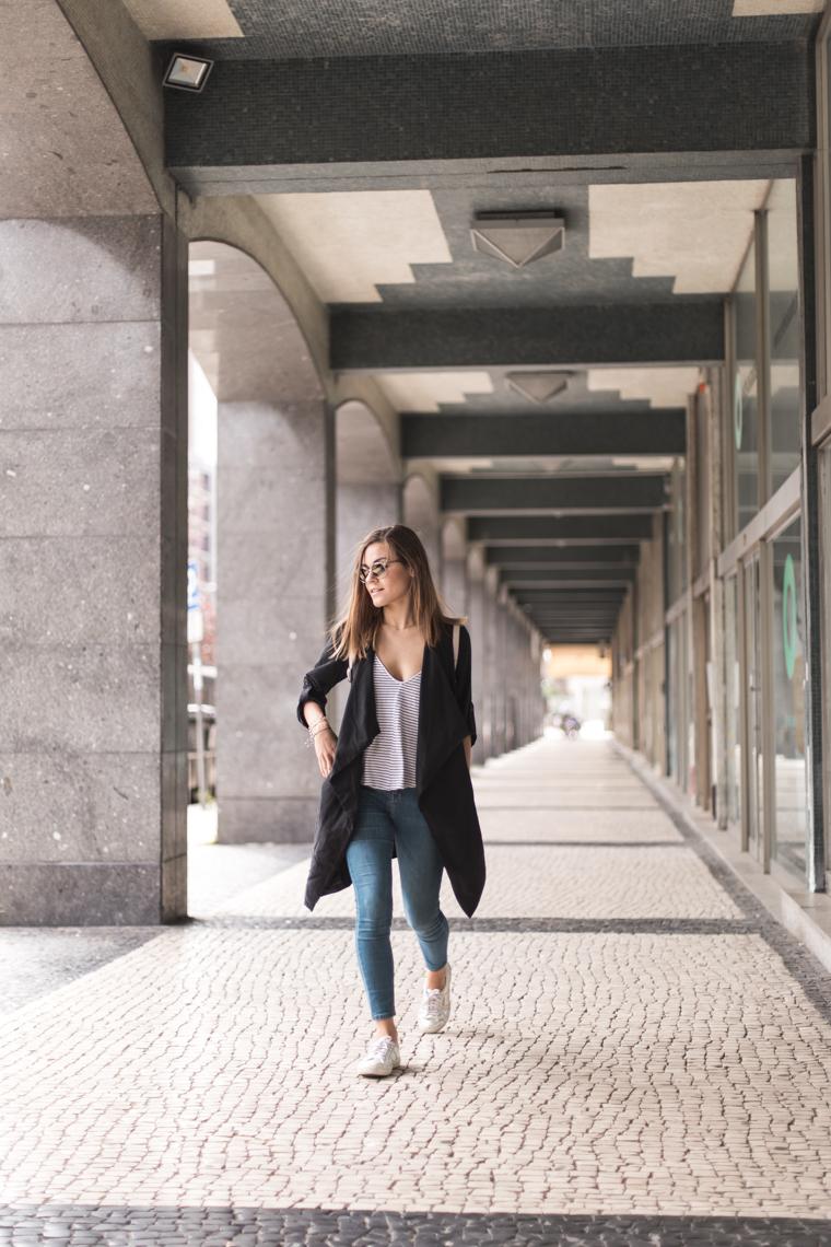 porto-portugal-travel-blogger-fashion-outfit-annalaurakummer-6