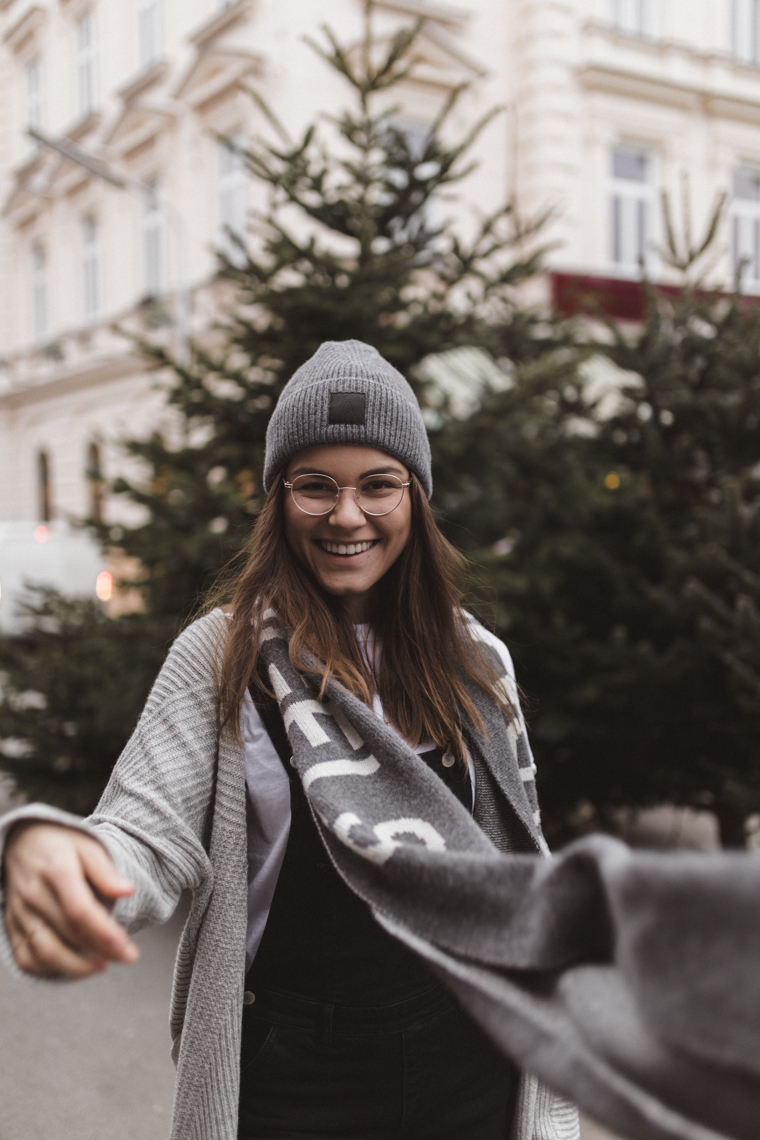 latzhose, outfit, vegan, fair fashion, nachhaltig, annalaurakummer