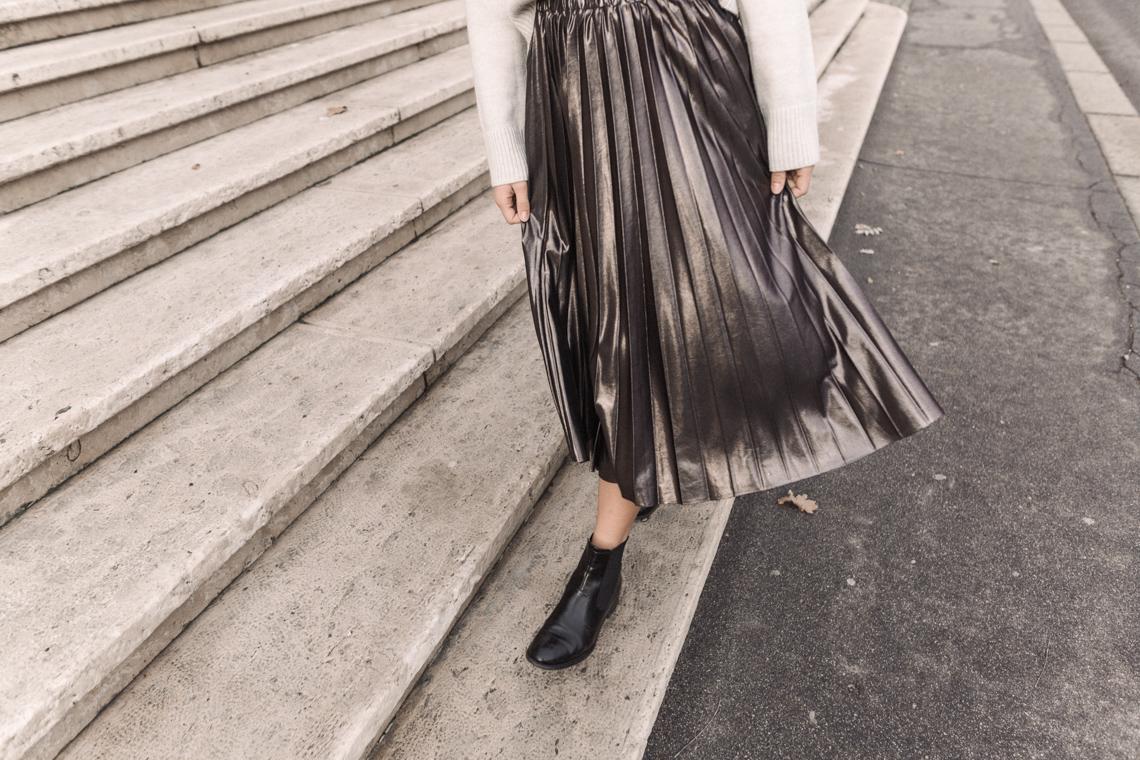 metallic pleated, midi skirt, outfit, annalaurakummer, vegan, justizpalast, wien, vienna, maximilian salzer
