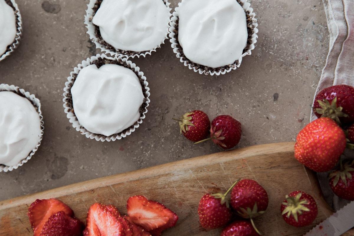 Rezept: Erdbeere-Mohn Tartelettes