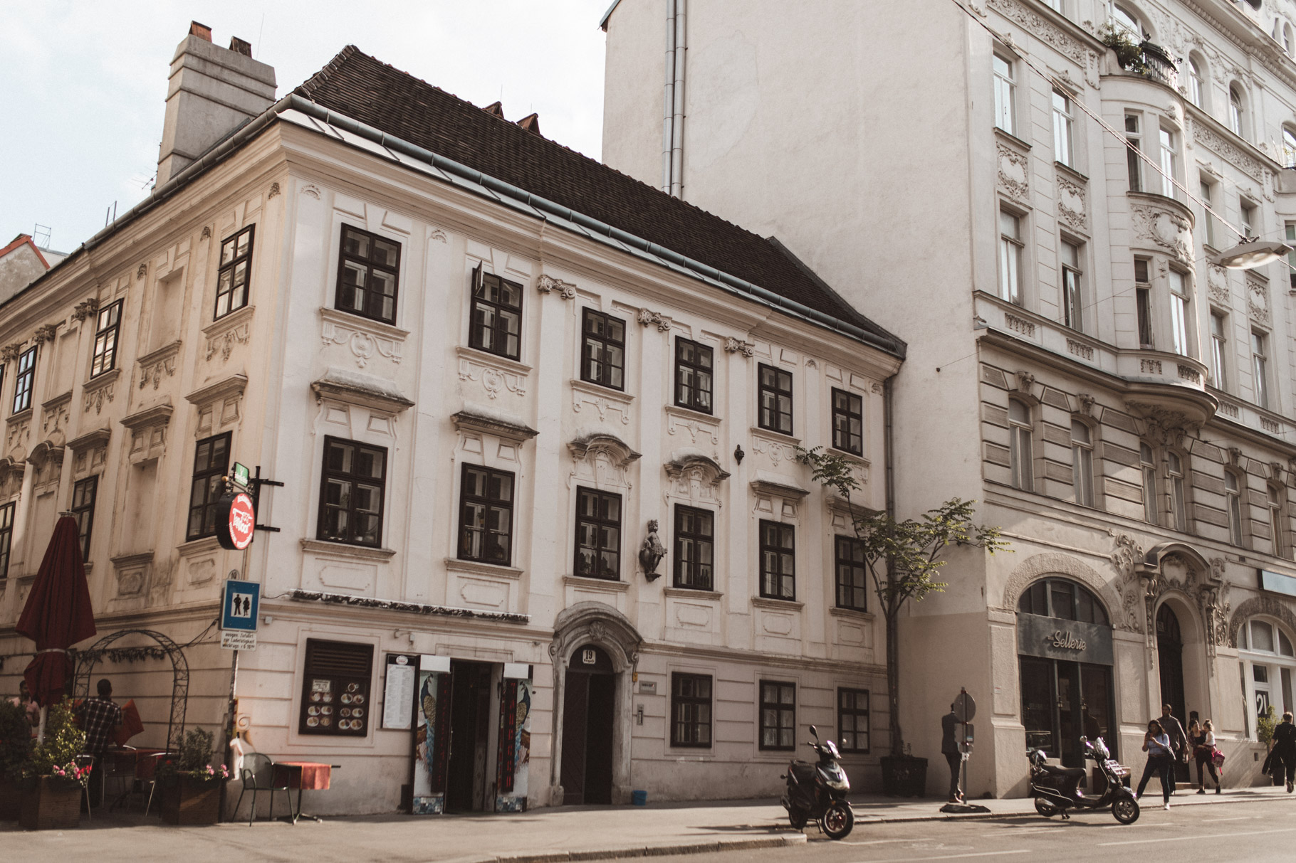 annalaurakummer, neubau, eyewear, bezirk, wien, travel guide, seventh district, vegan, vienna